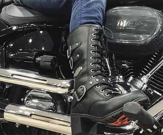 Tipos de cierre de botas de moto