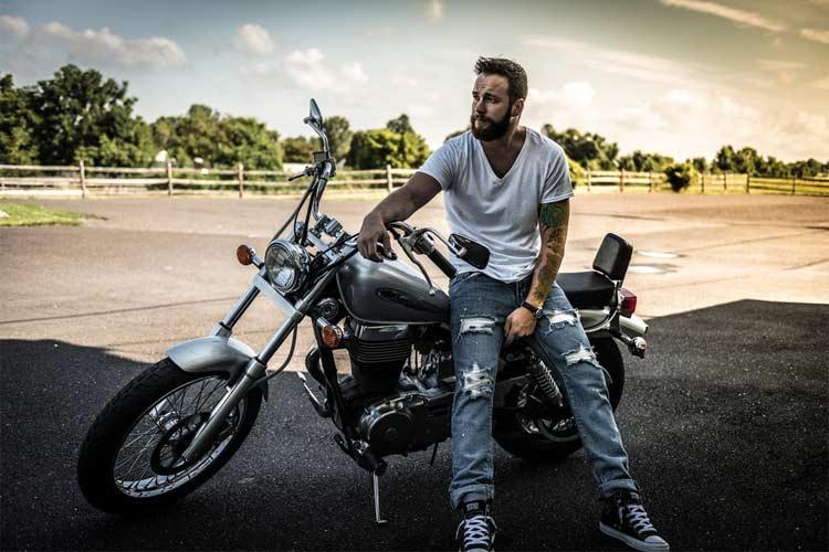 Quiénes Somos - motos-custom.com