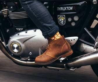 Reposapiés para moto custom