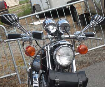Retrovisores de huesos para motos custom